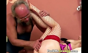 Teen virago Amber does old man