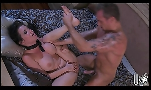 Squirting bigwig Veronica Avluv loves sexually exciting rough fucking