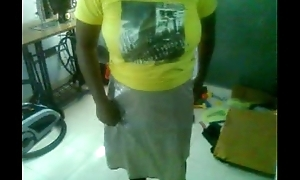 Mallu aunty removing teashirt