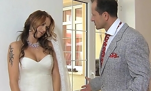 MOM Fit together to regard get fucked at her wedding