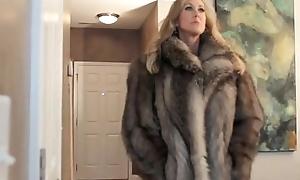 Brandi'_s First Fur