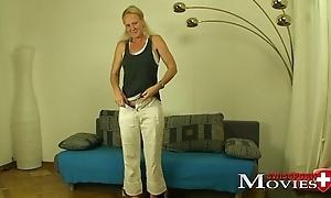 Porn Interview with Swiss Pornmodel Lara 34y