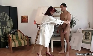 Cock hungry mature paintress takes it fixed