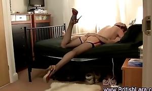 Mature British lady in nylons fucks and sucks trucker