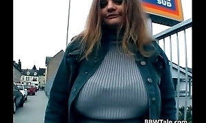 Chubby slut spreads her drenched pussy on the