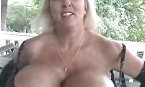 Maxi Mounds - The Queen Of Boobs