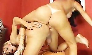 Carla Novaes & Leona Andrev. Shemale Lesbians.flv