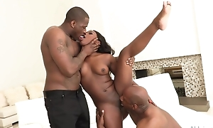 All-natural ebony gets both be expeditious for her holes plenary with huge cocks
